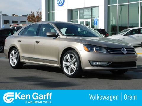 Pre-Owned 2015 Volkswagen Passat 4DR SDN 1.8T SE AT