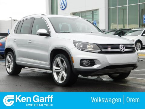 Pre-Owned 2016 Volkswagen Tiguan 4MOTION 4DR AUTO R-LINE