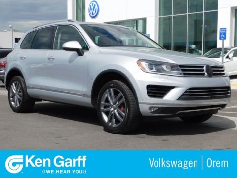 Pre-Owned 2015 Volkswagen Touareg 4DR V6 LUX